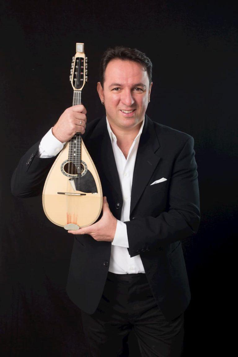 luca-artioli-&-mandolin